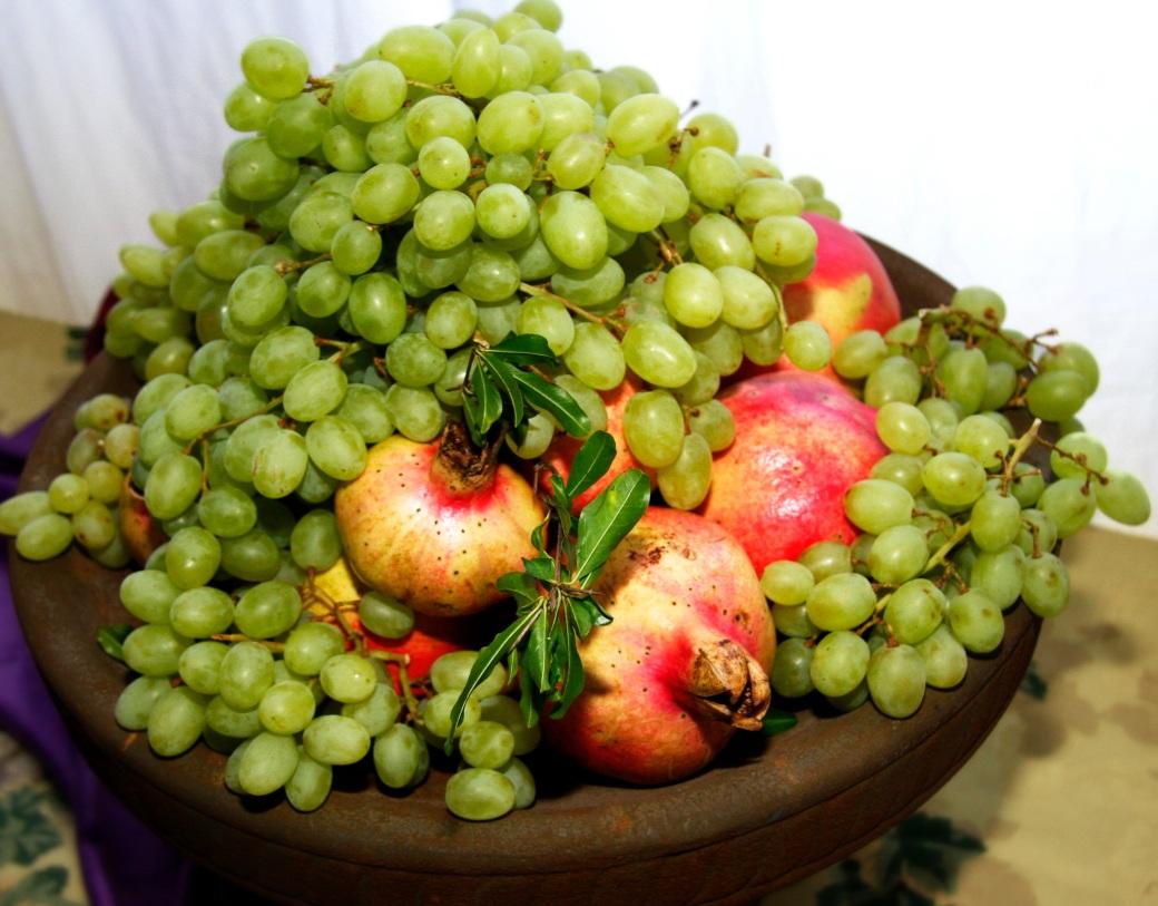 grape-pomegranates